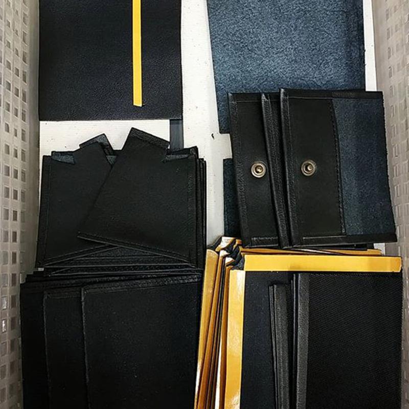 Montage portefeuille noir